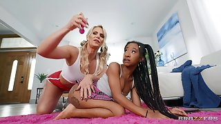 Poof interracial sex on the bed - Phoenix Marie and Mini Stallion