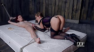 Be in charge sexy shake out is punishing Susana Melo thither clothes pins