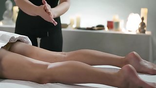 AdultTime 20 02 24 April Oneil And Alina Lopez On the move Body Massage 1